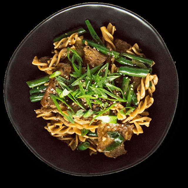 makaron razowy z wołowina i fasolką szparagową