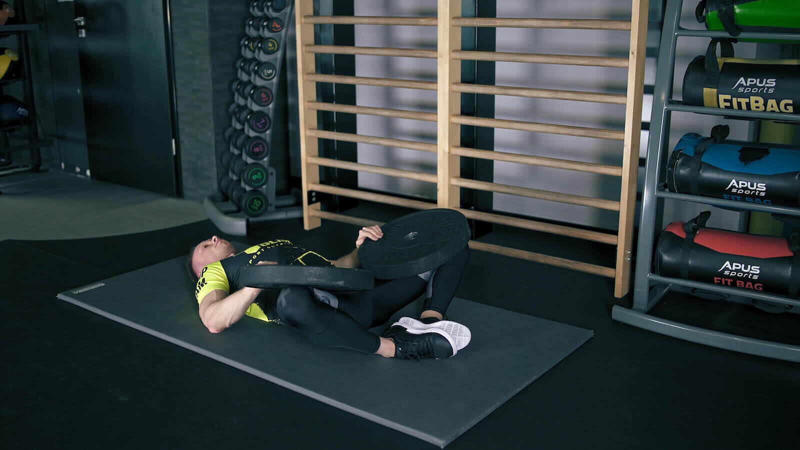 Rozciąganie mięśni przywodzicieli