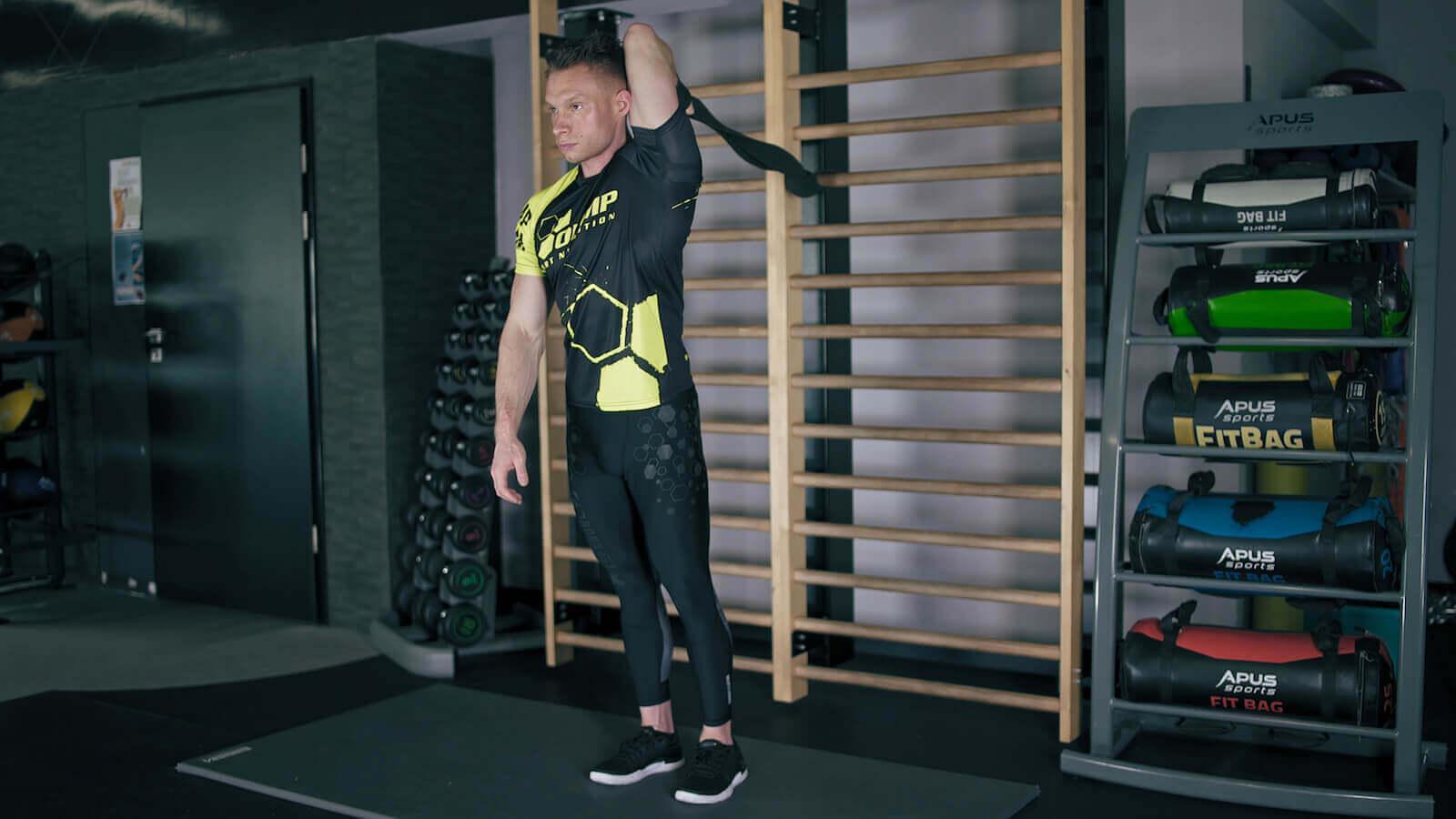 Rozciąganie mięśni tricepsów