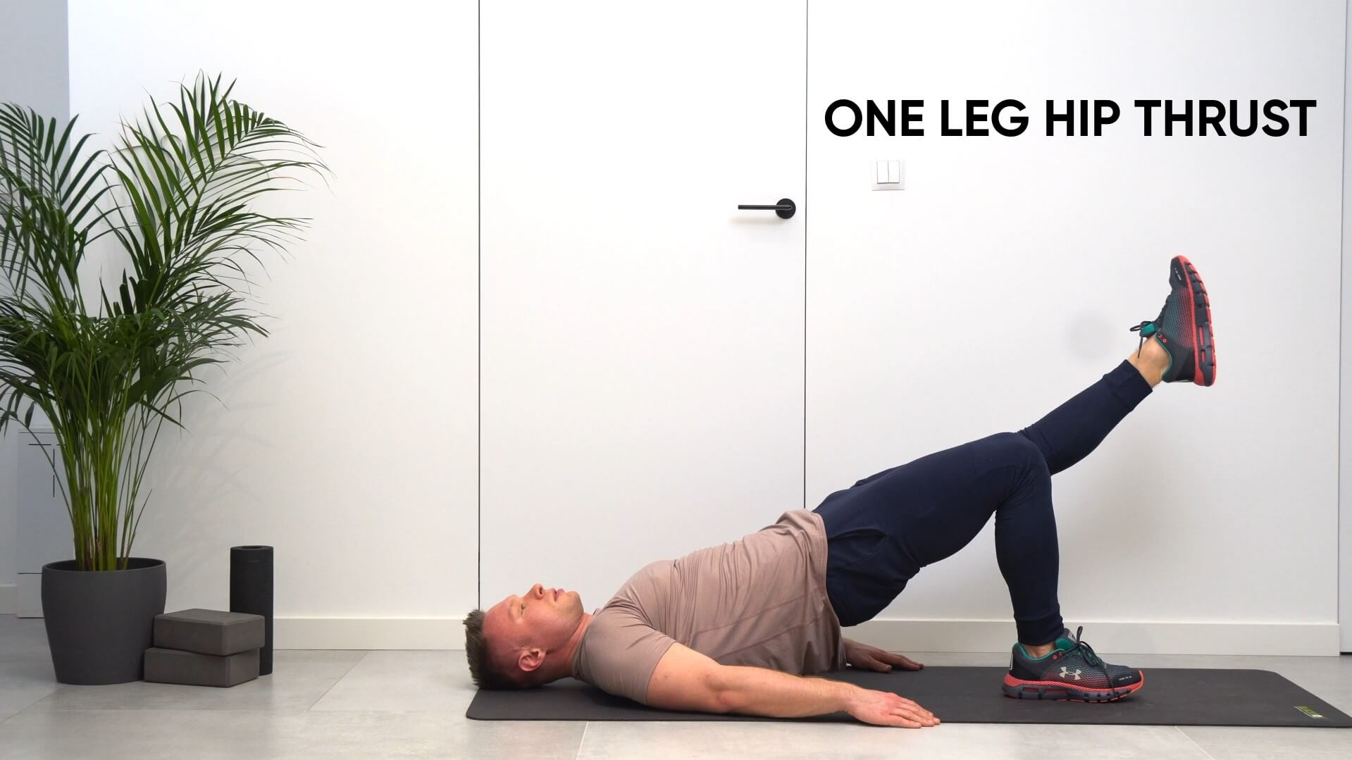 One leg hip thrust