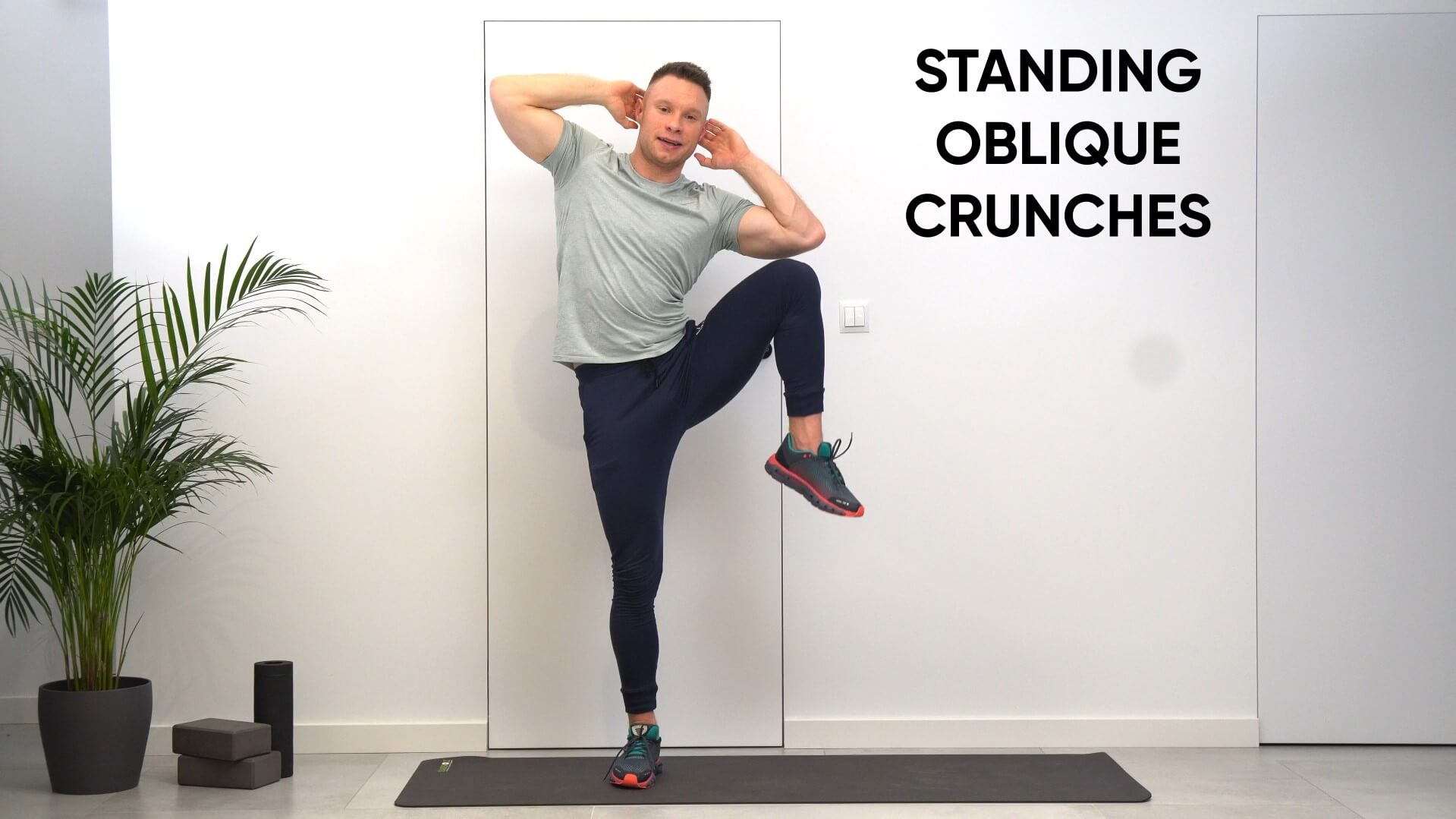 Standing oblique crunches