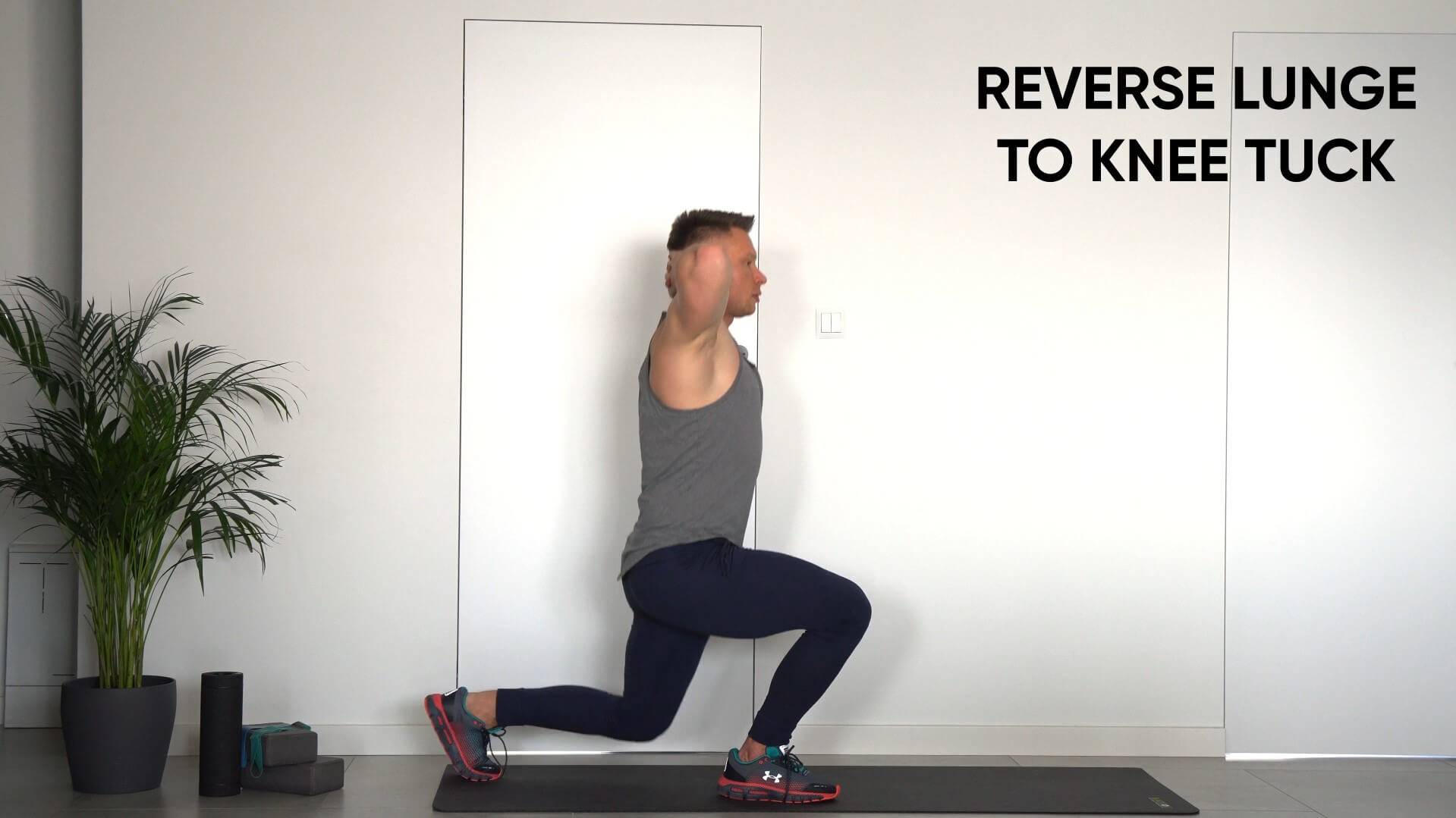 Reverse lunge to knee tuck