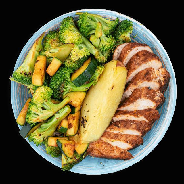 kurczak z brokułem, cukinią i ziemniakami