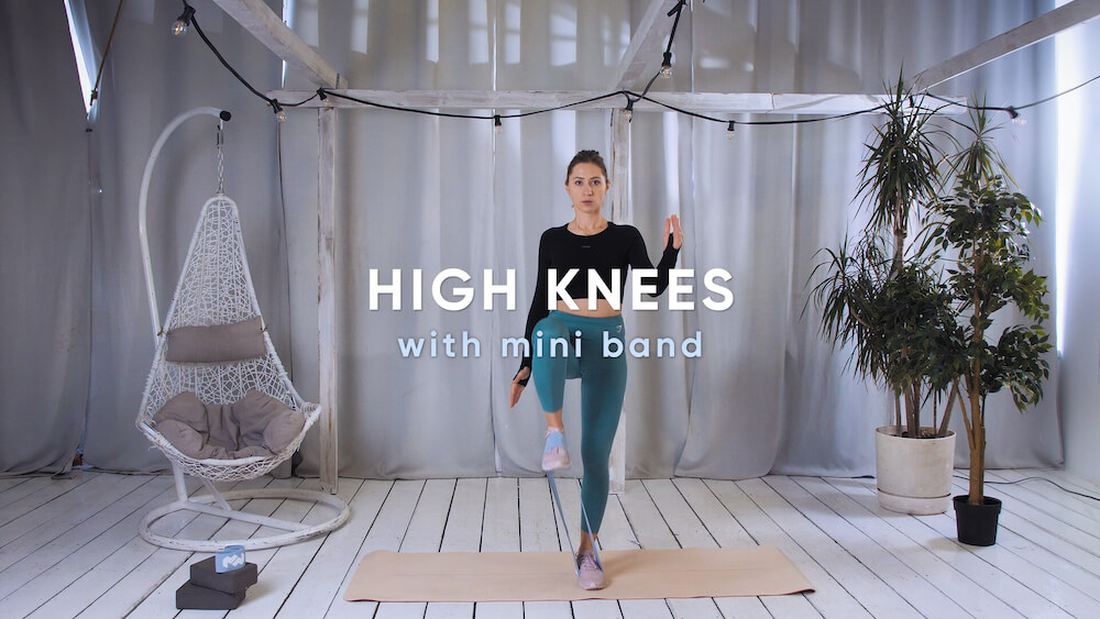 High knees with mini band