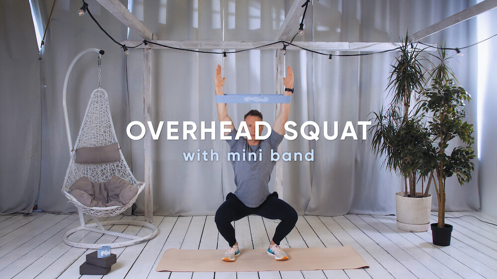Overhead squat with mini band