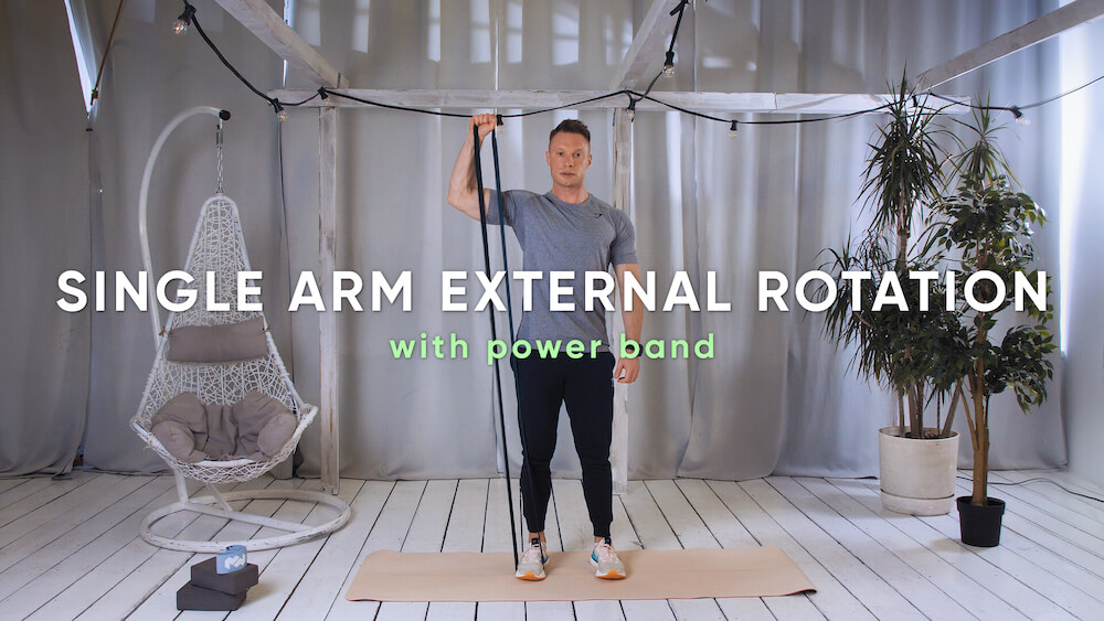Single arm external rotation with power band