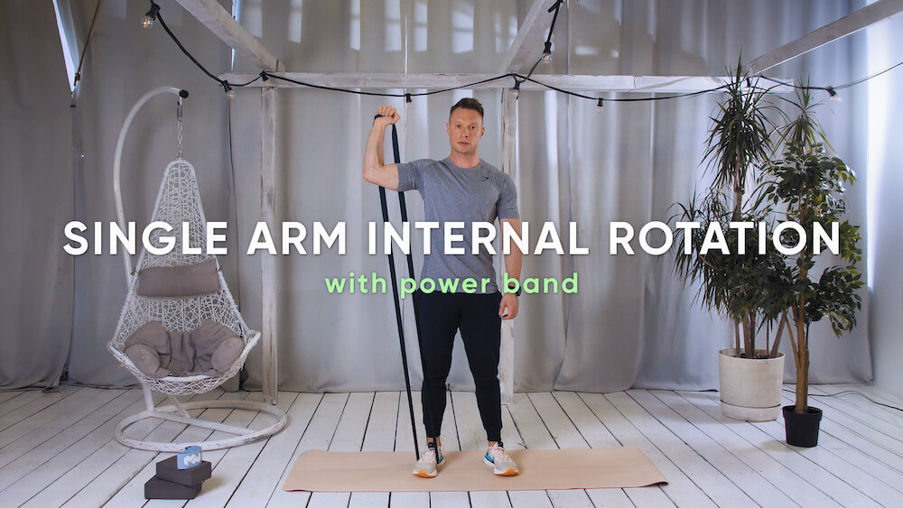 Single arm internal rotation with power band