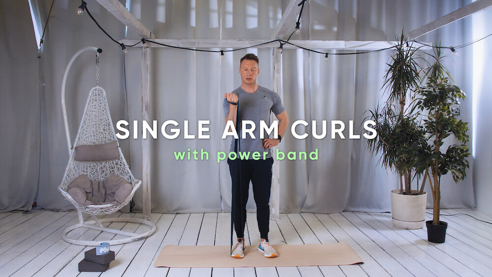 Single arm curls with power band