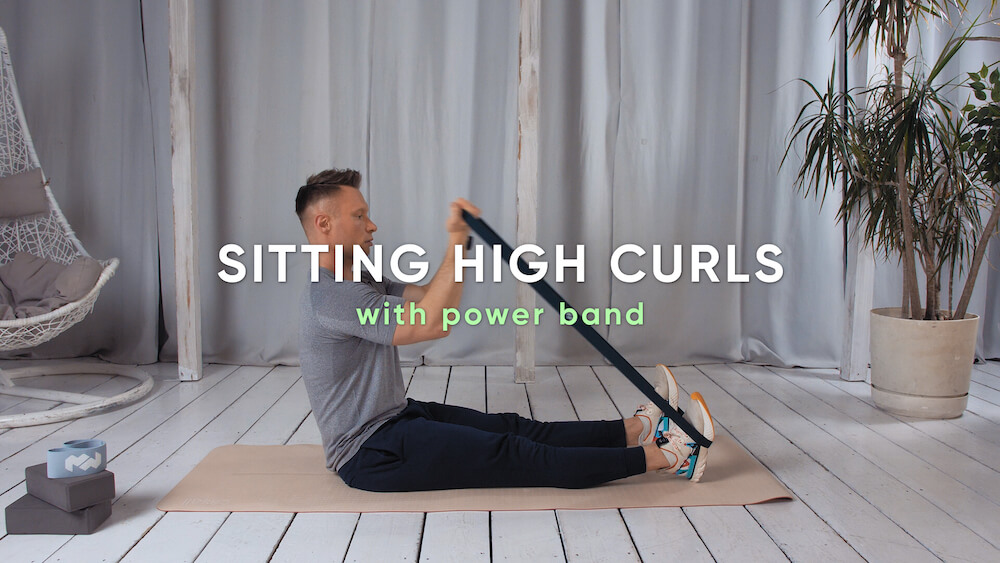 Sitting high curls with power band