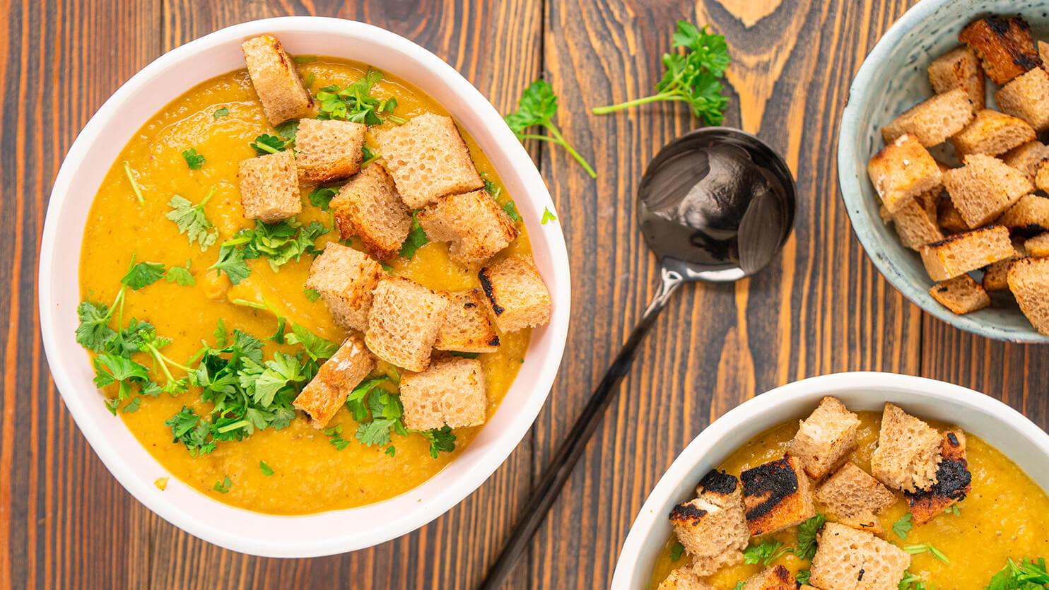 Zupa krem z ciecierzycy i pieczonych warzyw
