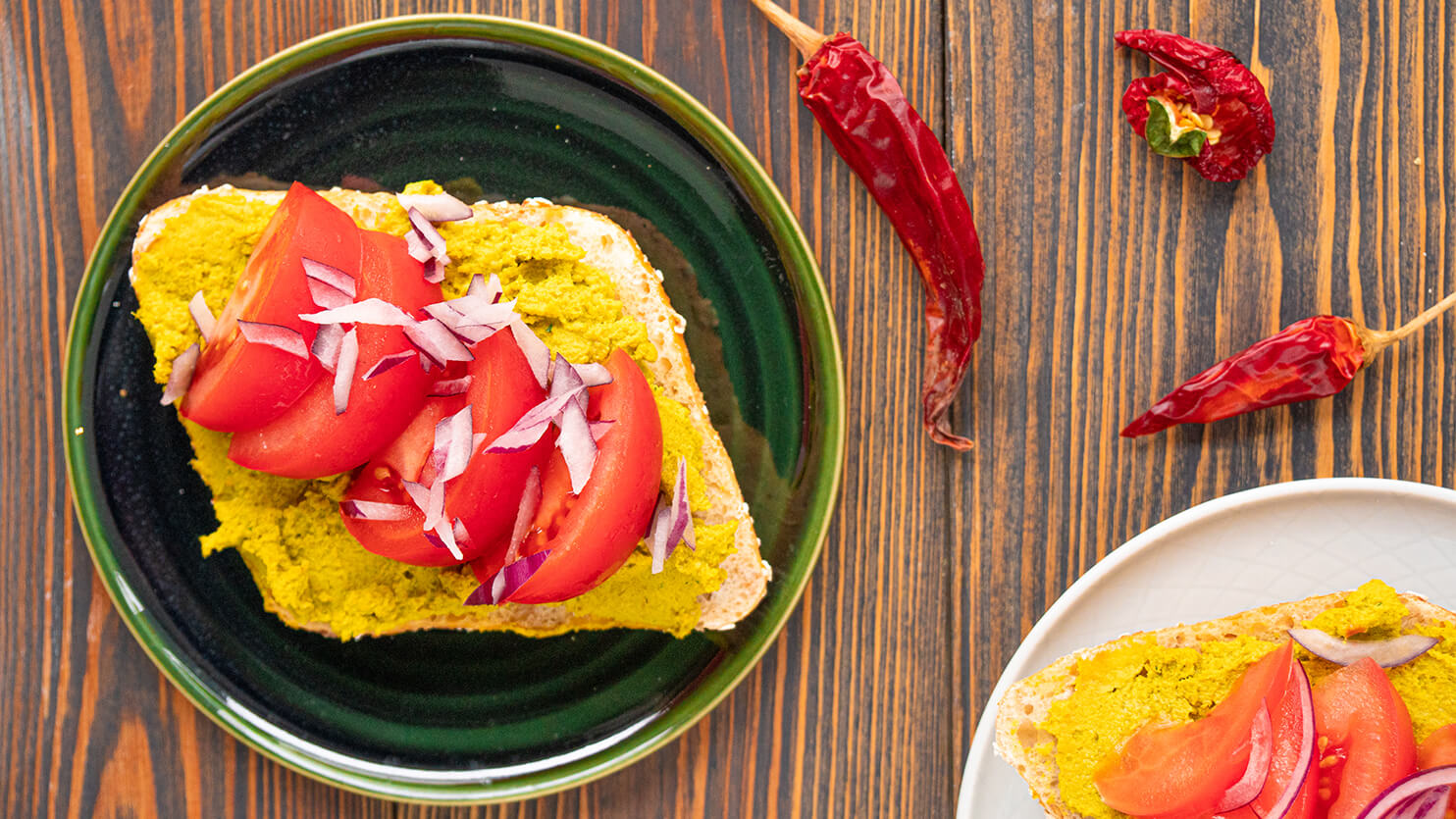 Kanapki z pastą curry z kurczaka