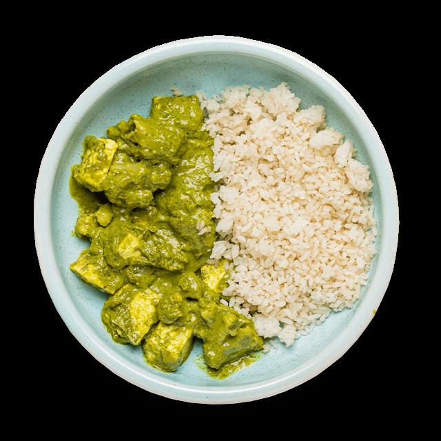 indyjski palak paneer z curry i ryżem korzennym