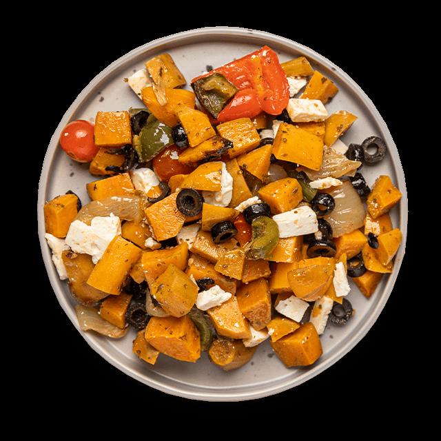 bataty z pieczonymi warzywami i serem feta