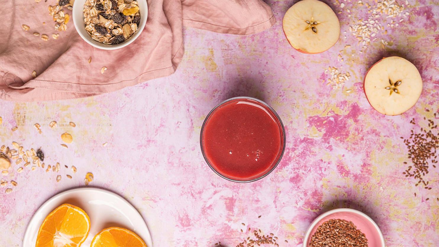 Czerwone smoothie z burakiem